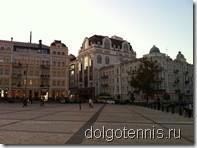 В центре Киев - современный европейский город. Сентябрь 2011 г.