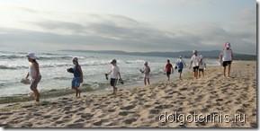 После кросса по песчаному берегу.